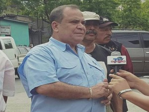 David Romero Ellner a su salida de los tribunales de justicia.