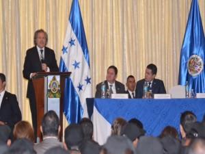 Los juristas recomiendan a los facilitadores de la ONU y de la OEA, que tomen en consideración las condiciones de la oposición.