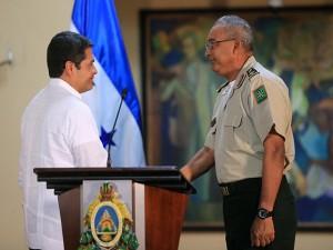 El nuevo jefe del Estado Mayor subió de un solo a General de División