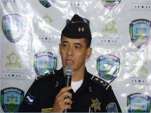 Leonel Sauceda, vocero policial.