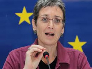 Ulrike Lunacek vicepresidenta del Parlamento Europeo y jefe de la Misión Electoral de la Unión Europea (UE)